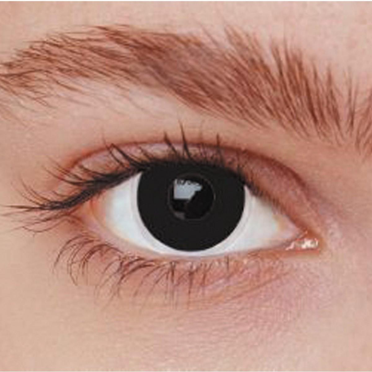 yeux maquillage noir