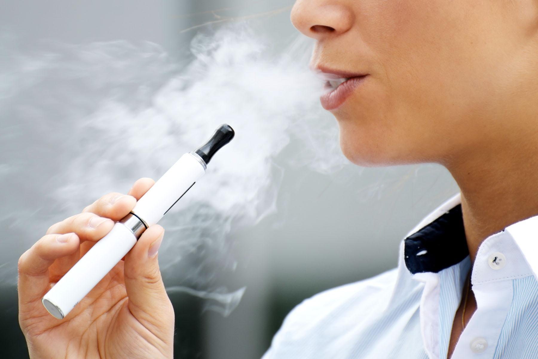 images2e-cigarette-4.jpg